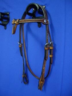 Headstall futurity knot, barbed wire, quick release