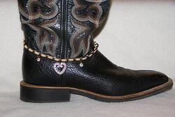 RHINESTONE STUDDED HEART BOOT CHAIN