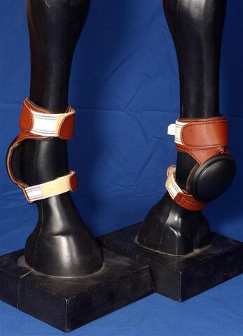 "Skid Boot Deluxe by ""F.Gauthier Collection"""